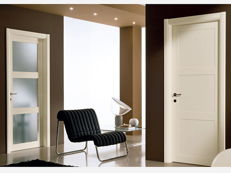 Выбор межкомнатной двери стекло или глухая?